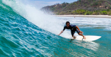 Surfing en Costa Rica